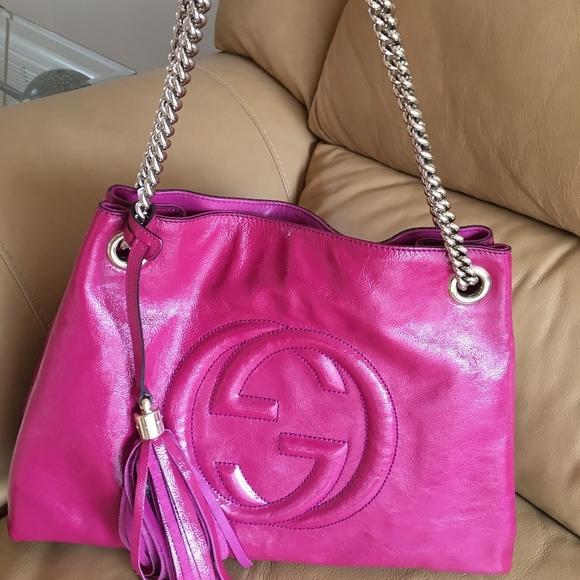Gucci Handbags - GUCCI Medium Soho Chain Shoulder Bag
